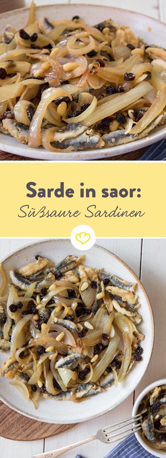 Die Sardinen werden in eine süßsauere Marinade eingelegt. So haben die Venetianer mit regionalen und einfachen Zutaten eine sehr leckere Vorspeise erfunden.