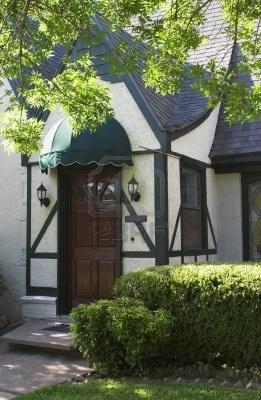 Small tudor house entryway google search tudor for Small tudor house