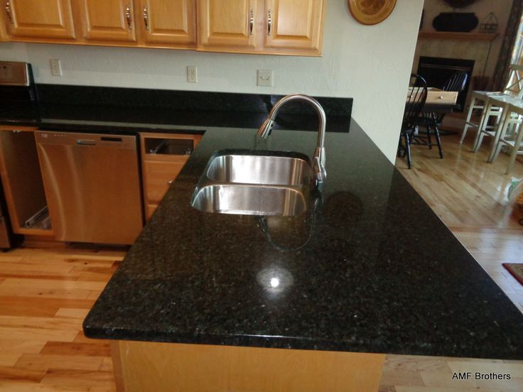 Greenville WI, Uba Tuba Granite Countertops Projects Installed November  2015 By AMF Brothers