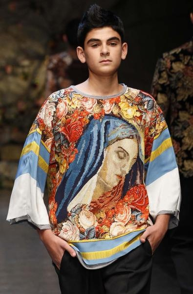 Dolce & Gabbana are inspired by my collages for their men collection!