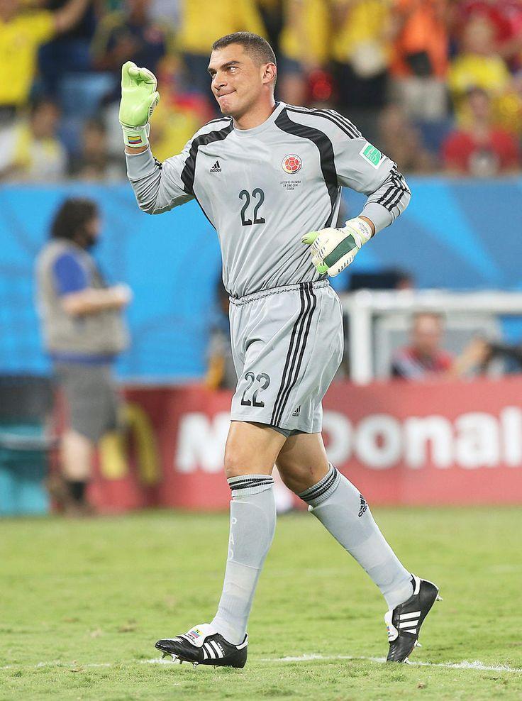 FIFA World Cup 2014 - Mundial Brasil 2014. El meta colombiano Faryd Mondragon de 43 años, salió al final para batir la marca de jugador más longevo en participar en un Mundial que tenía el camerunés Roger Milla