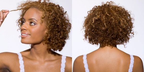 Het is goed om te weten hoe poreus jouw haar is. Dit helpt bij het kiezen van de juiste haarproducten en het kan je helpen bij het goed gehydrateerd houden van je haar.