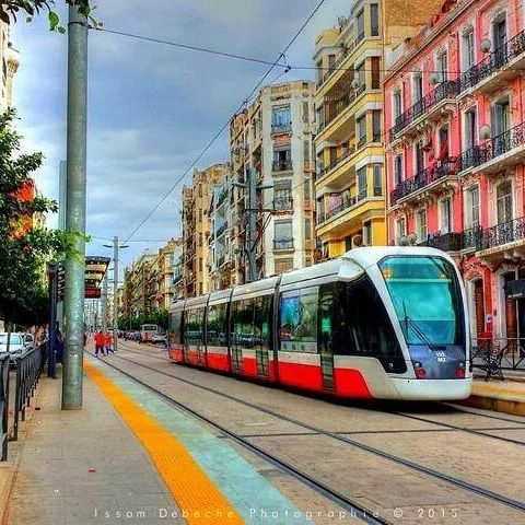 وهران الباهية عاصمة الغرب الجزائري وثاني اكبر مدن البلاد من حيث الكثافة السكانية Algeria Oran الجزائر تونس المغرب Photo Algerie Bahia Paysage Merveilleux