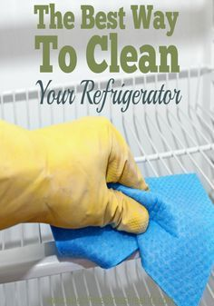 how to clean a smelly freezer