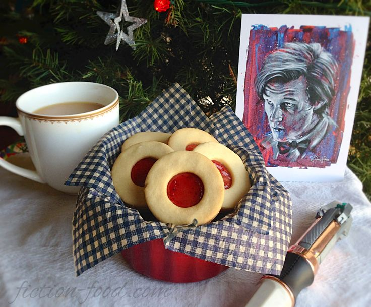 """Fiction-Food Café: Jammy Dodgers from """"Doctor Who"""""""