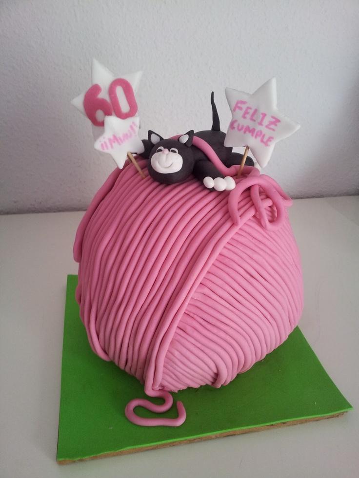 Tarta Chic: Tarta gato (tartas fondant, cupcakes y galletas Sevilla)