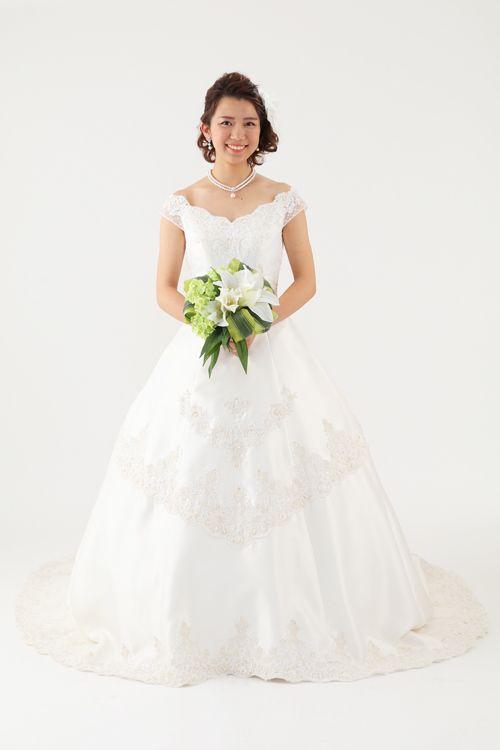 ウェディングドレス セザンヌ|ウェディングドレスのレンタルなら大阪ピノエローザへ