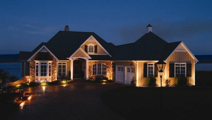 Sidewalk lighting can address safety and security concerns but also adds curb appeal. #RetreatCurbAppeal