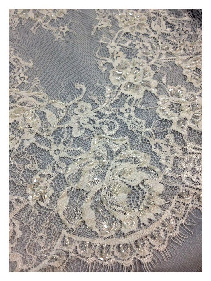 Ebroidered lace, chic dress lace, haute couture, white lace, Sanmartin, fabrics