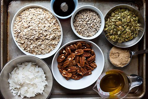 Nekisia Davis' Olive Oil and Maple Granola Makes about 7 cups: 3 cups ...