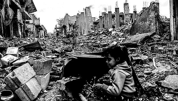 Syrian ruined city playing on the streets