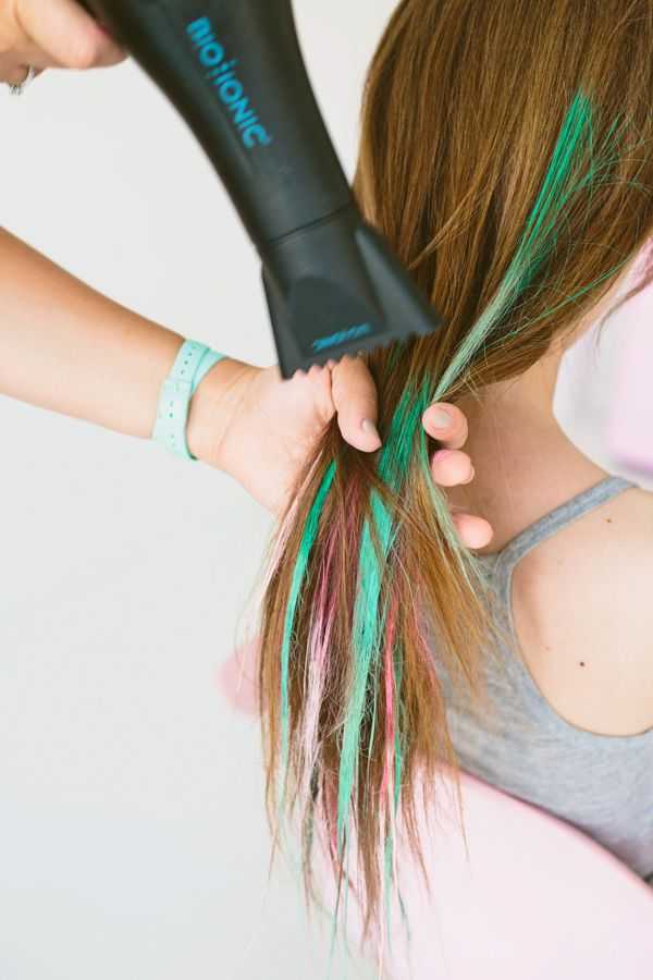 How-to: Hair Chalk for Brunettes