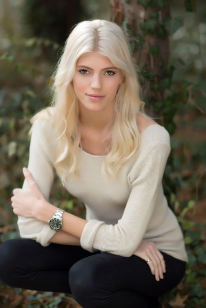 Dynamic People: Devon Windsor   Were you one of the 10 million people to watch the Victoria's Secret Fashion Show? Then you saw our next Dynamic Person, 19-year-old model Devon Windsor of Ladue.