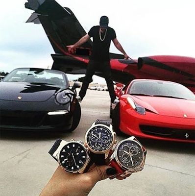 Welcome to the life of Singapore's richest kids who lie on beds covered with money & drive luxury cars (photos) - http://www.thelivefeeds.com/welcome-to-the-life-of-singapores-richest-kids-who-lie-on-beds-covered-with-money-drive-luxury-cars-photos/