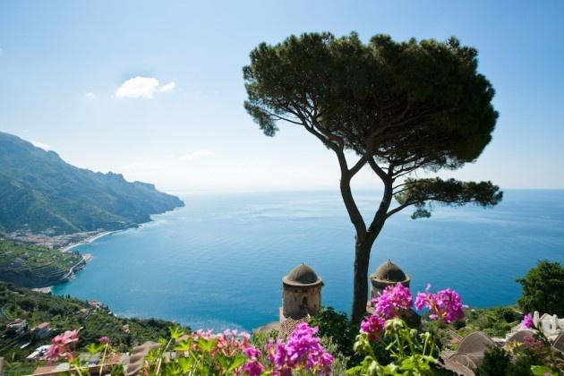 heerlijk genieten ....... van zon ...bergen en water.........