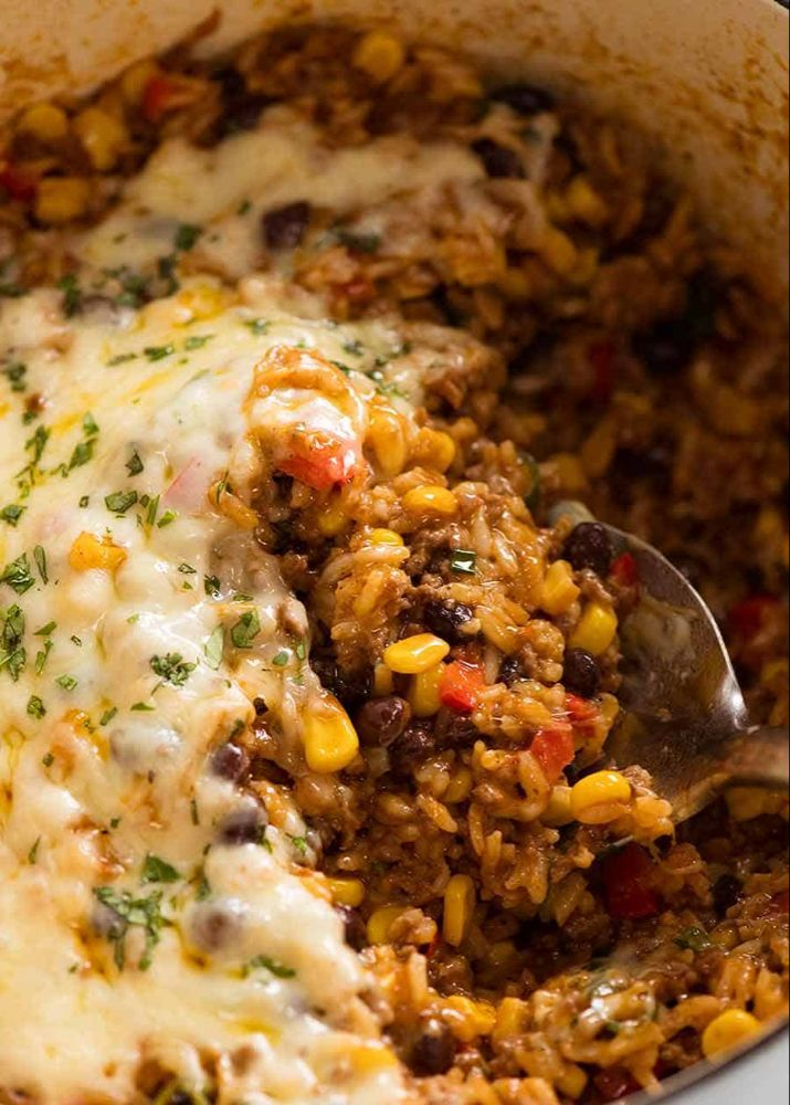 Mexican Ground Beef Casserole With Rice Beef Mince Recipe Minced Beef Recipes Ground Beef Casserole Recipetin Eats