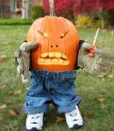 Need some pumpkin-carving ideas? Tom Nardone tells us how to do some funny jack-o'-lanterns...