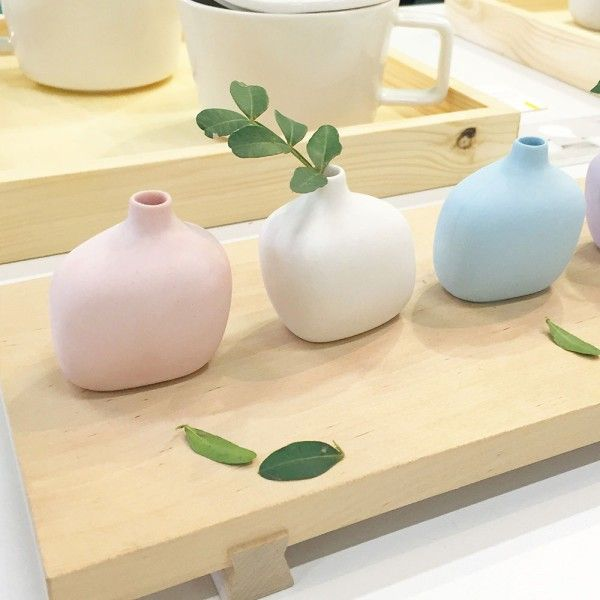 Tiny vases by designer Minjia Wang - Stockholm Furniture Fair