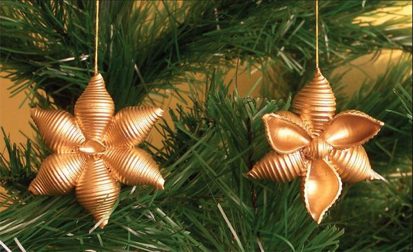 pasta crafts christmas | ... to make pasta snowflakes tree ornaments gold Christmas crafts for kids
