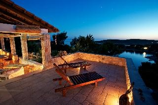 Charming and natural seaside cottage in exclusive Duboka Bay, Brac, Croatia