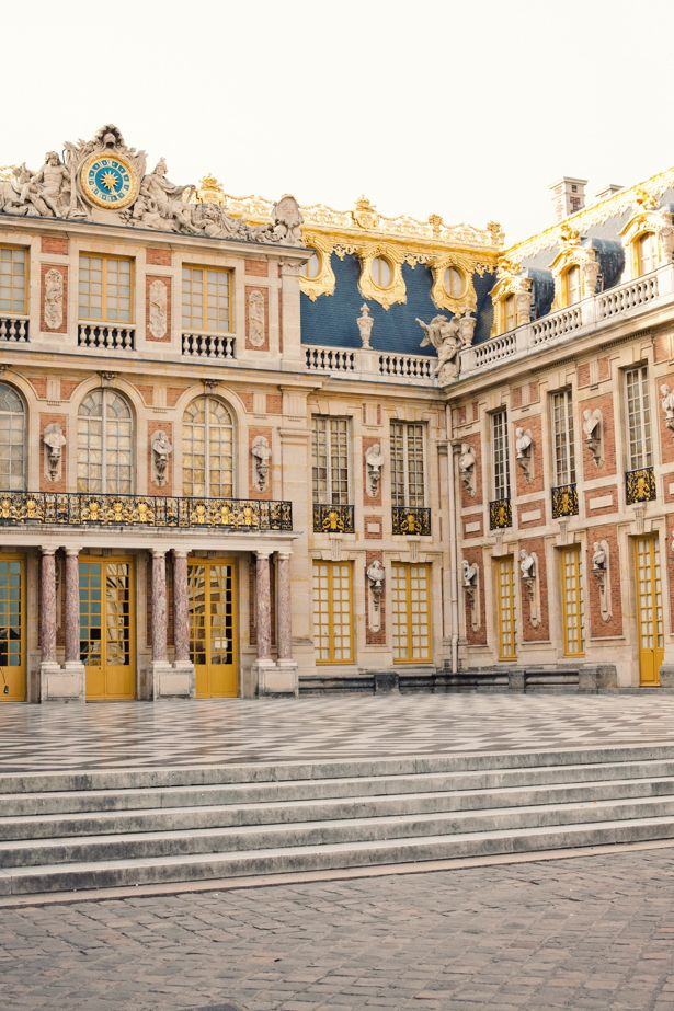 Palace of Versailles - CANNOT wait to visit this place again! definitely need to spend 2 days to cover the whole grounds