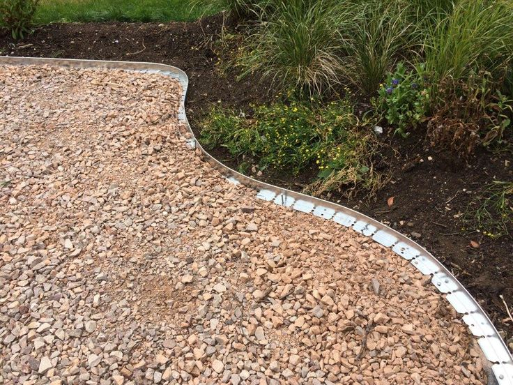 New from EverEdge, Halestem is designed with hard landscaping at mind. The L-shaped edge allows for surfaces to rest on. #steeledging #paths #landscape #edging
