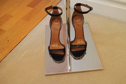 Givanchy strap sandals.. You just made my list! # shoes #givanchy shoes# fashion# design# shopping