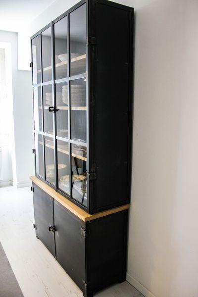 Les 25 meilleures id es de la cat gorie vaisselier industriel sur pinterest - Vaisselier style industriel ...