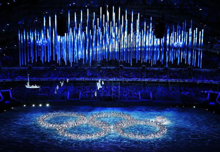 IlPost - Una coreografia della cerimonia di chiusura delle Olimpiadi invernali a Sochi, in Russia, ha ripreso l'imprevisto della cerimonia di apertura: uno dei cinque cerchi che compongono il logo delle Olimpiadi non si era aperto, e la notizia aveva fatto rapidamente - Una coreografia della cerimonia di chiusura delle Olimpiadi invernali a Sochi, in Russia, ha ripreso l'imprevisto della cerimonia di apertura: uno dei …