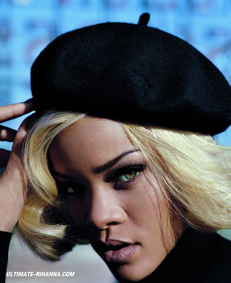 Rihanna-in-Vogue-UK-November-2011-Issue-4