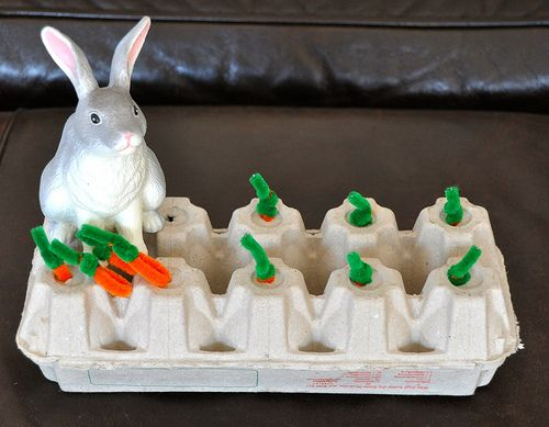 Love this idea of making pipe cleaner carrots and working on fine motor by pinching them to pull out.  We get some really big egg cartons at school, too.  (Teachers wouldn't have to put the carrots back as frequently)