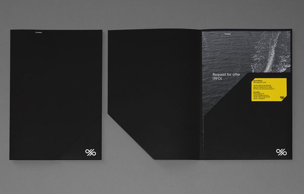 Black folder for banking systems and solutions firm Crosskey designed by Kurppa Hosk.