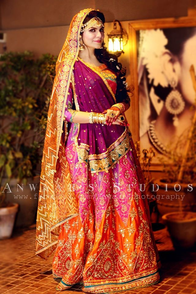 2573 best images about sarees on pinterest indian for Pakistani wedding mehndi dresses