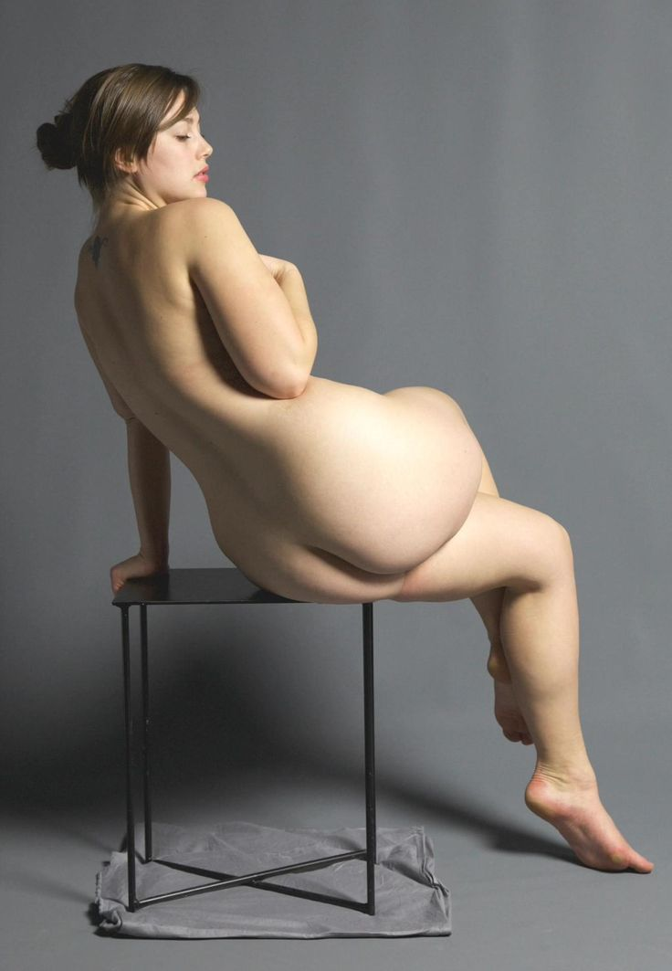 Female Nude Poses 75