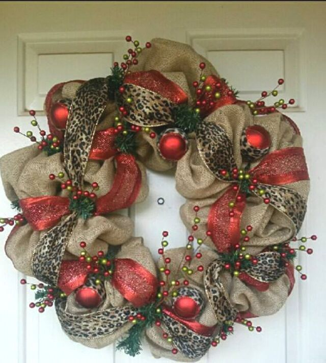 17 best ideas about diy christmas wreaths on pinterest Burlap xmas wreath