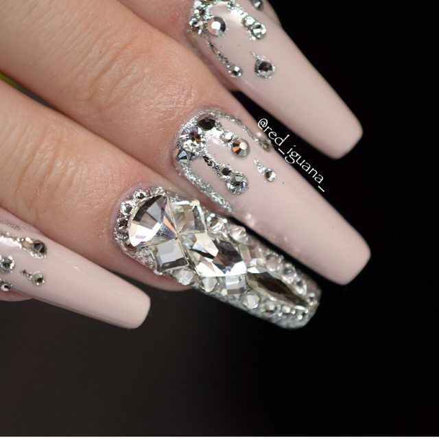 "1,002 Likes, 5 Comments - Janine  (@theamazingworldofj) on Instagram: ""Dream #nails @red_iguana_ """
