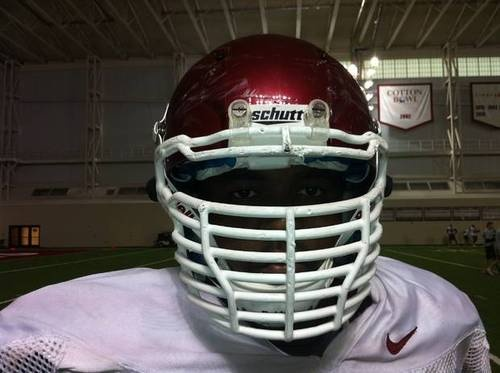 Justin Tuck's 6-cross-bar Facemask Catching On With Sooners |