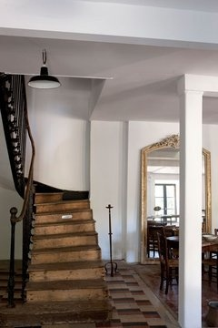 Lovely staircase: Architecture Interiors, Interiors Design, Entrance Hall Stairways Land, Stairca, Stairs Cases, Hallways Stairs
