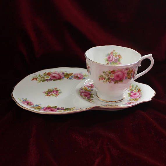 Royal Albert tea cup saucer 1935-45 Chatsworth floral
