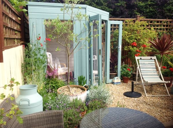 Gorgeous beach style garden retreat and lady shed created by our customer Kathryn. #mydreamspace #waltons #summerhouse #ideas
