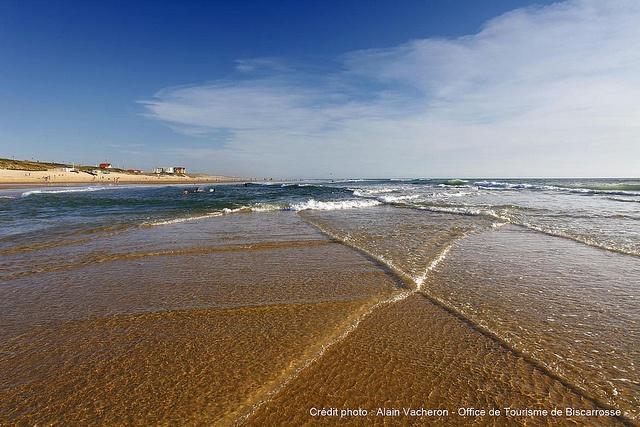 Biscarrosse Plage, le sable et l'océan à perte de vue...