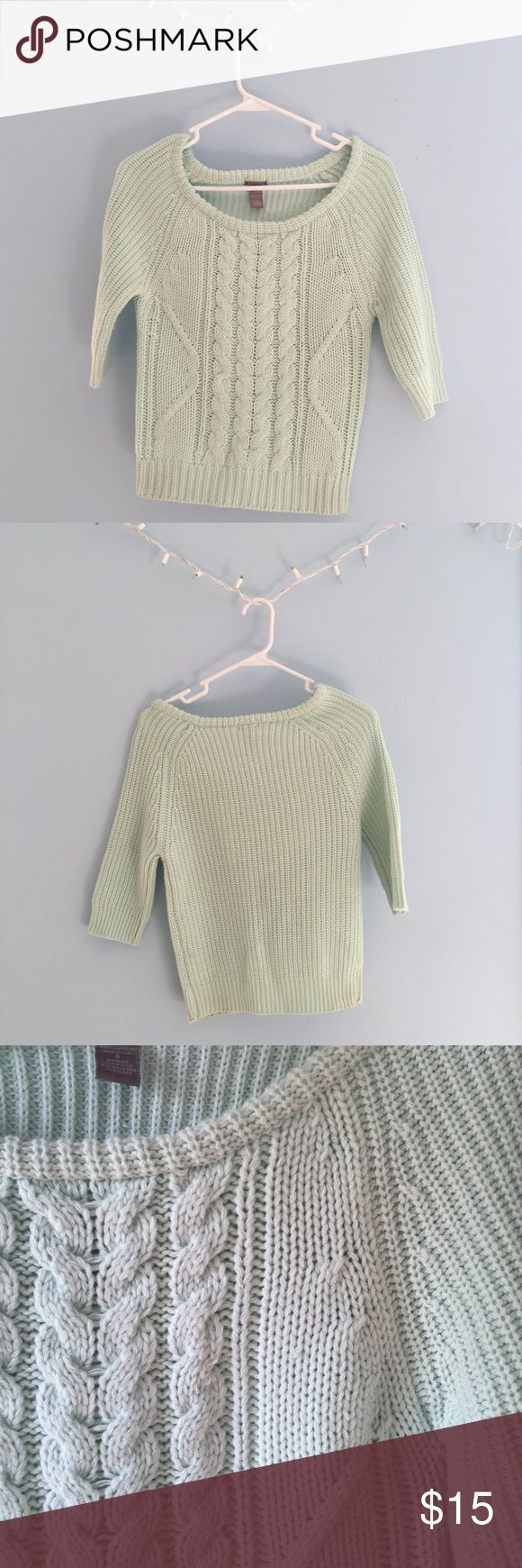 Mint Sweater size small ~ never worn ~ mint sweater Sweaters Crew & Scoop Necks