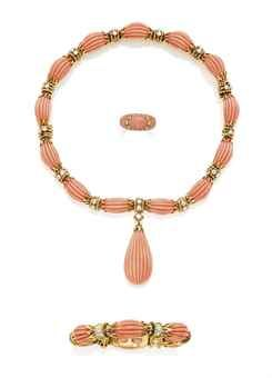 A SET OF CORAL AND DIAMOND JEWELLERY, BY VAN CLEEF & ARPELS