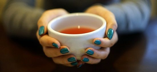 Horké vánoční nápoje – zkuste zdravý pečený čaj i zimní punč