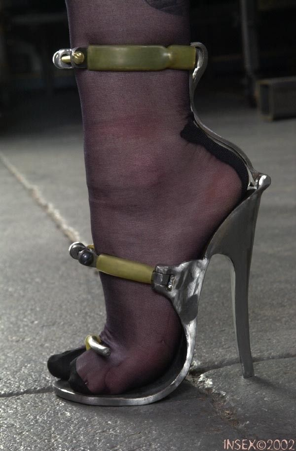 Beautiful high heels open toes shoes. Kanyget fashions +