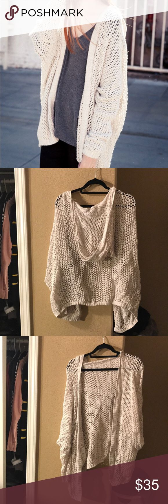 Brandy Melville cardigan In great condition ✨ no trades Brandy Melville Sweaters Cardigans