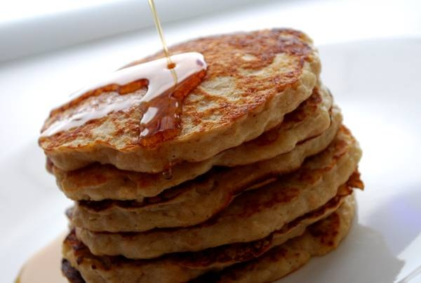 Healthy oatmeal pancakes (make in your waffle iron)
