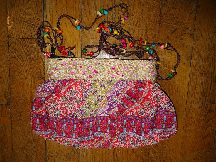 Petit sac à main en tissu recyclé et raphia, doublé, ajustable, lanière perlée : Sacs à main par thin-stuff-factory