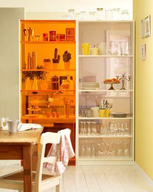 IKEA Hack: Das Billy-Regal kann super als Raumteiler genutzt werden. Wir zeigen, wie man es baut.