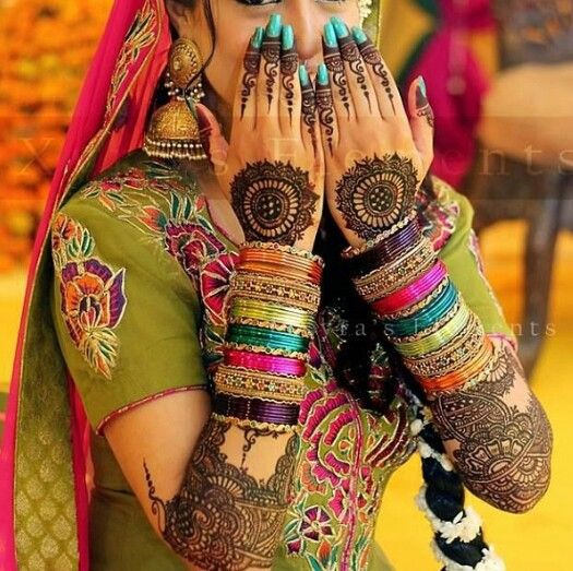 Bridal henna mehndi designs